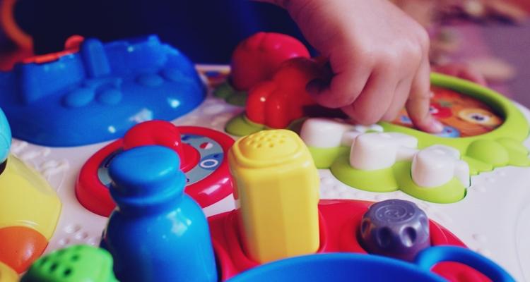 zabawki językowe chicco
